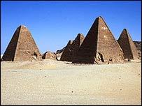 ph. nubian pyramids