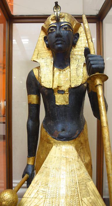 ph. tutankhamen ka statue2