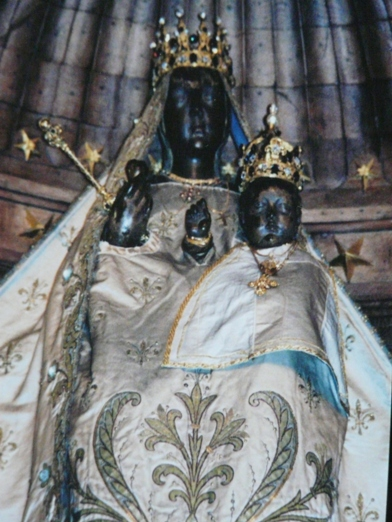 Black madonna Our-Lady-of-the-Pillar.-Gothic-Cathedral.-Chartes-France.